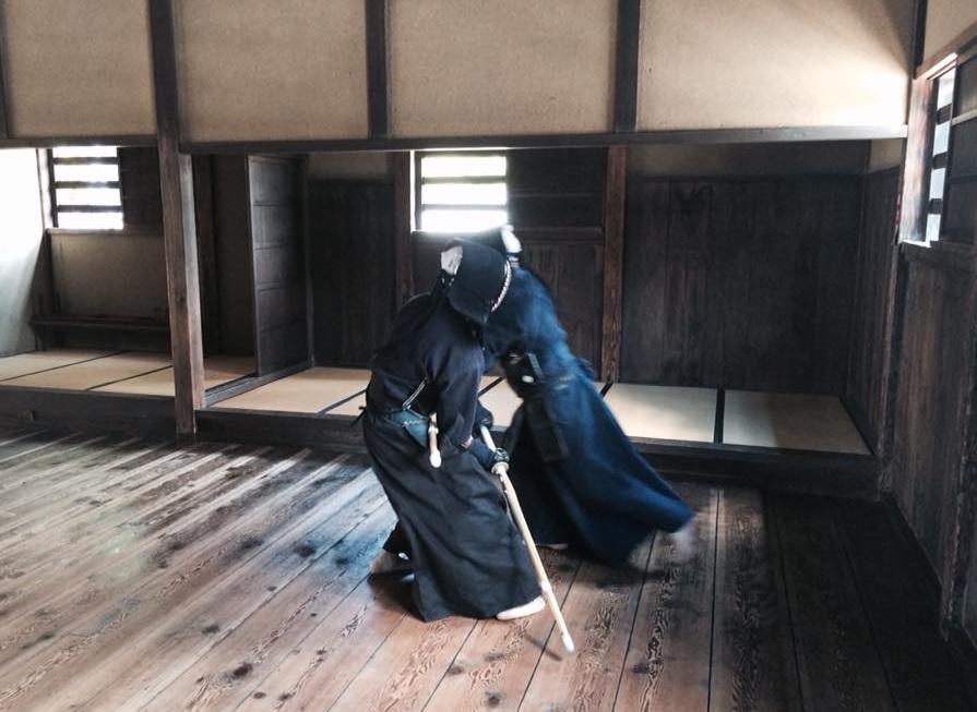 江戸時代末期に現存していた全流派の90%以上が、撃剣試合稽古を行っていました。
